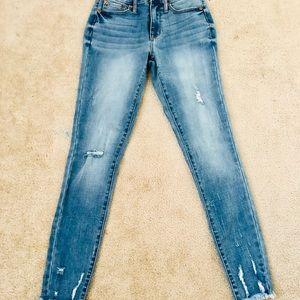 Aeropostale Medium Wash Jeans!